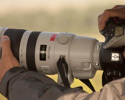 EF200-400mm_ptype2.jpg